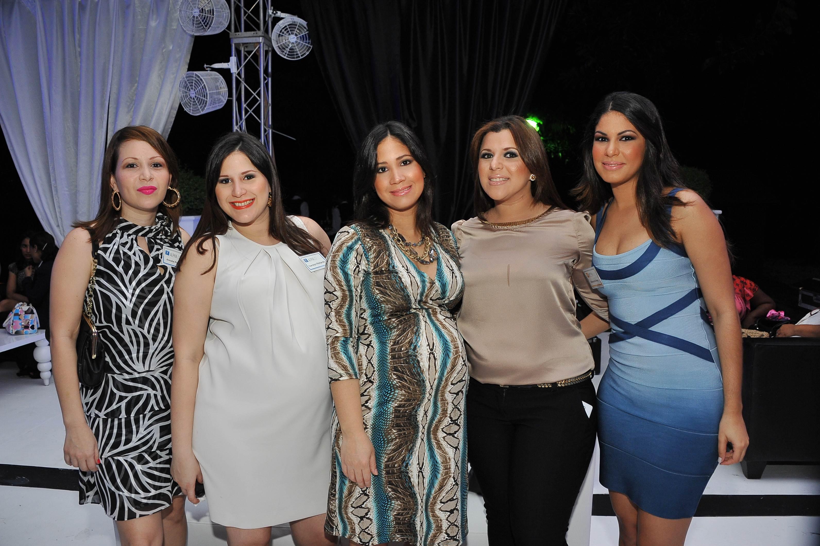 Annalie Pichardo-Carolyn Pichardo-Laura Nunez-Nilka Garcia-Alexandra Perez